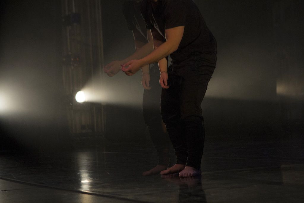 dancer2 online.jpg