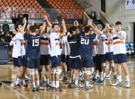 Men's Volleyball Opens Season with Wins