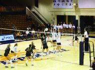 Women's Volleyball closes out Long Beach State, 3-1