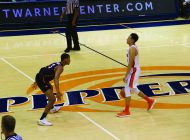 Pepperdine's Skid Continues with Losses to San Diego, LMU