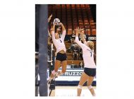New-Look W. Volleyball Wins Two of Three at Pepperdine Tournament