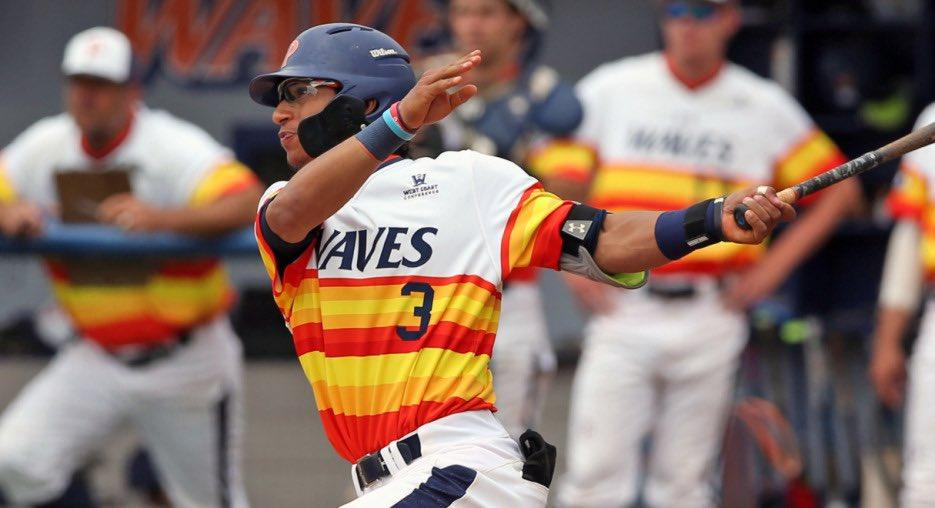 McAfee bats for the Pepperdine Waves during a 2018 game. The baseball player reconnected with his Pepperdine teammates when the Waves played in Arizona in spring 2020. Photo courtesy of Stephen Wazdura