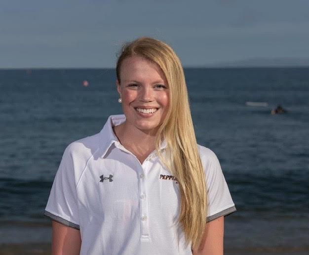 Pepperdine Ambassadors Council member Lindsey Marian smiles brightly at the camera in front of the Pacific last year. Marian said her passion for Pepperdine led her to apply for a PAC position. Photo courtesy of Lindsey Marian