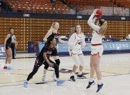 Women's Basketball Snaps Losing Streak with Rivalry Win