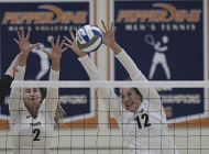 Women's Volleyball continues strong start in win against Pacific