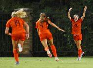 Women's Soccer Ends Non-Conference Play 7-0 on Road, Ranked No. 6 in Nation