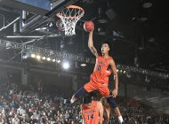 Blue and Orange Madness Kicks Off Hoops Season
