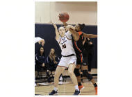 Women's Basketball Snaps Three-Game Losing Streak by Overcoming Pacific and Saint Mary's